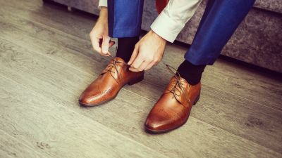 foot-pain-leather-shoes